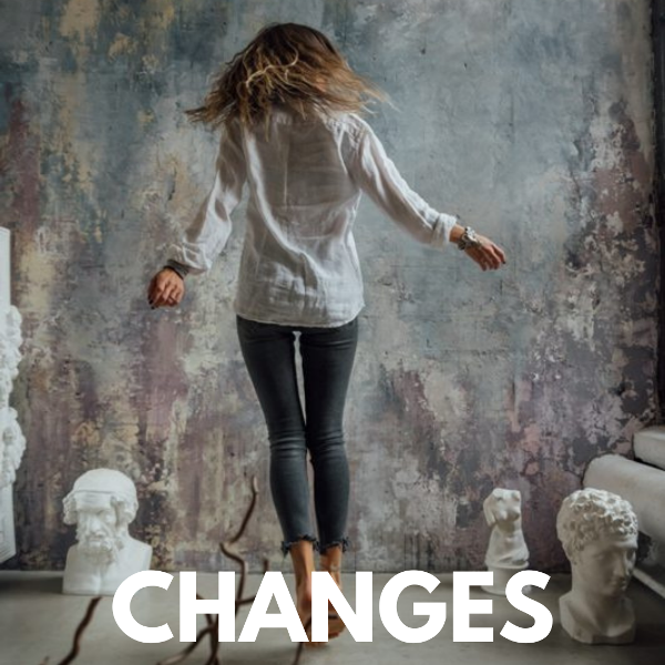 How to Upgrade Your Life And Uplevel You In The Next 6 Months: 5 Simple Steps + FREEBIES!